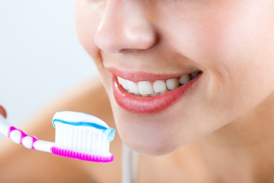 How The Oral Care Products Keep Your Teeth Strong And Healthy?