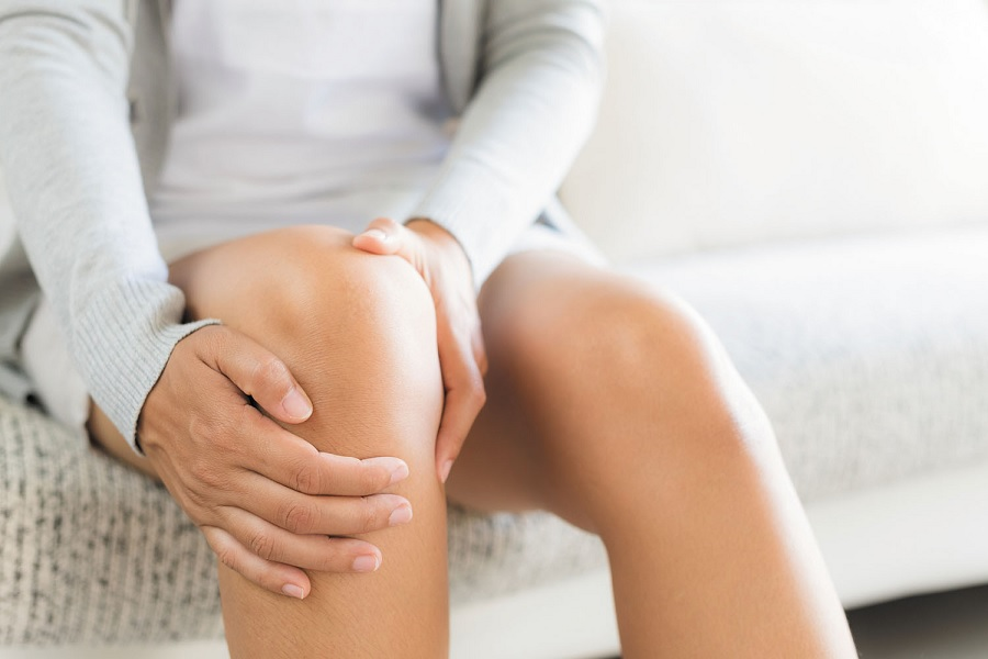 Common Joint Problems in Women: What Causes Them?